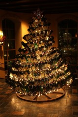 wine-bottle-christmas-tree